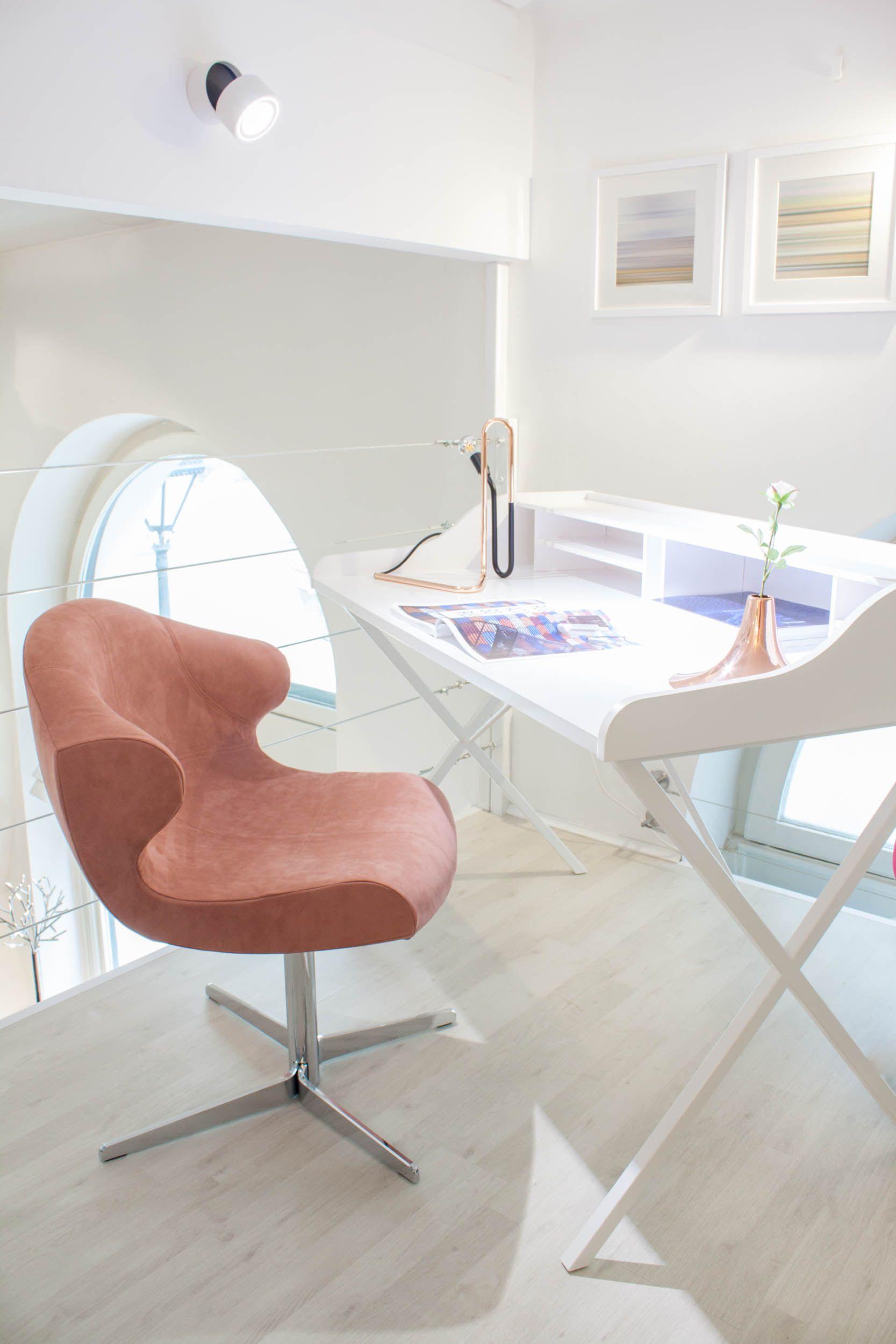 fauteuil pierre paulin ligne roset elegant ligne roset. Black Bedroom Furniture Sets. Home Design Ideas