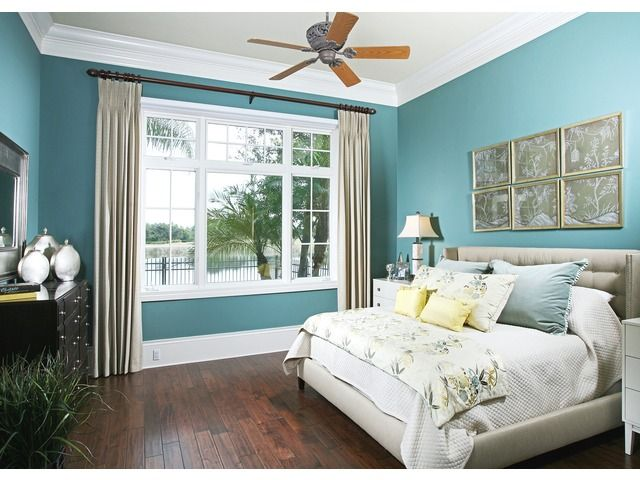 Turquoise blue ocean bedroom - coastal - tropical