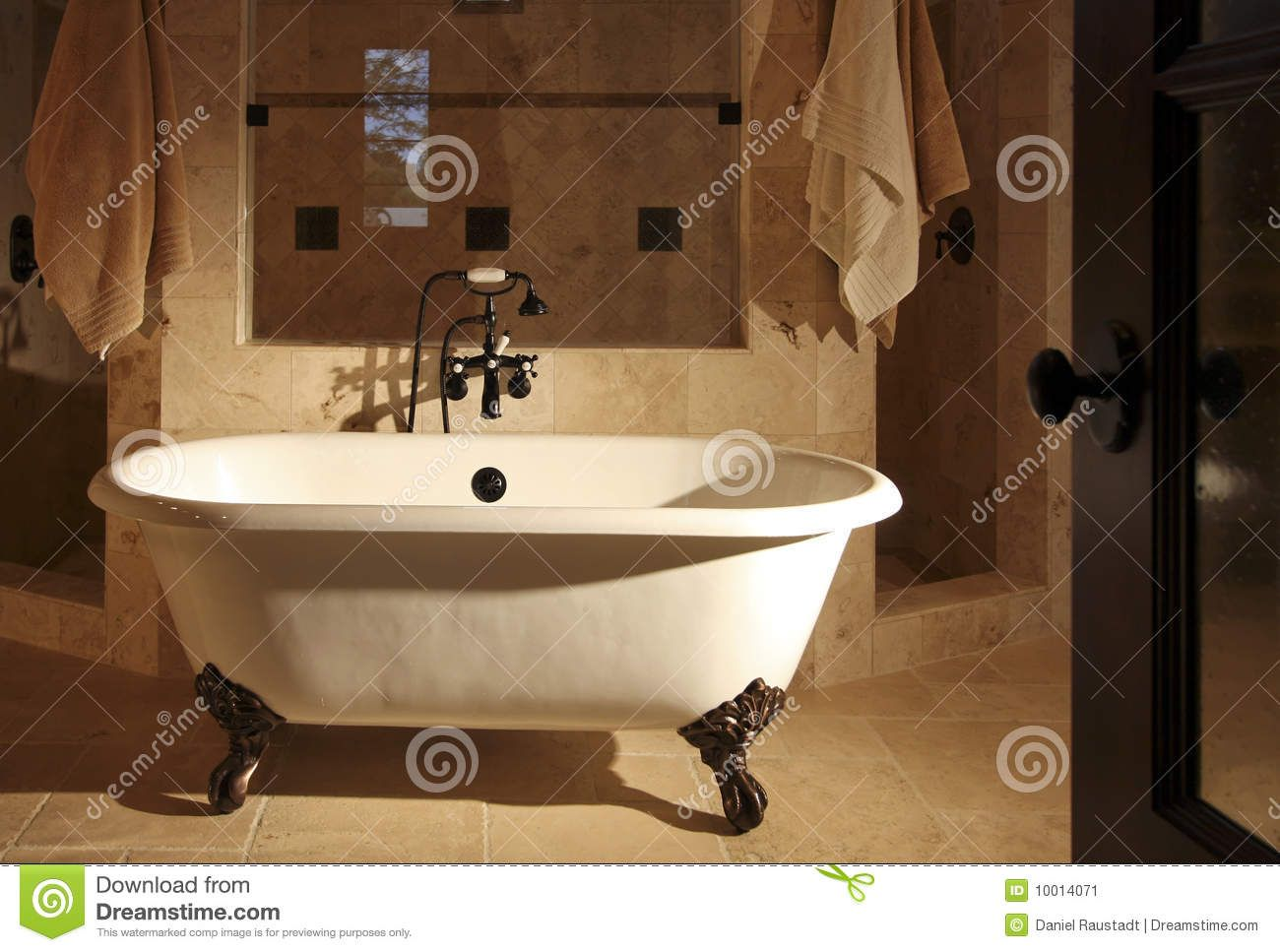 Bathrooms with a Claw foot Tub | I Love Claw footed Bathtubs ...