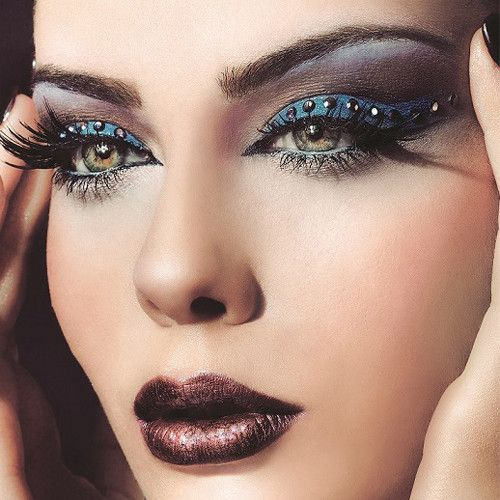 1696669170b Glam Grunge From Golden Rose Body Makeup Eye Tips Beauty Belly