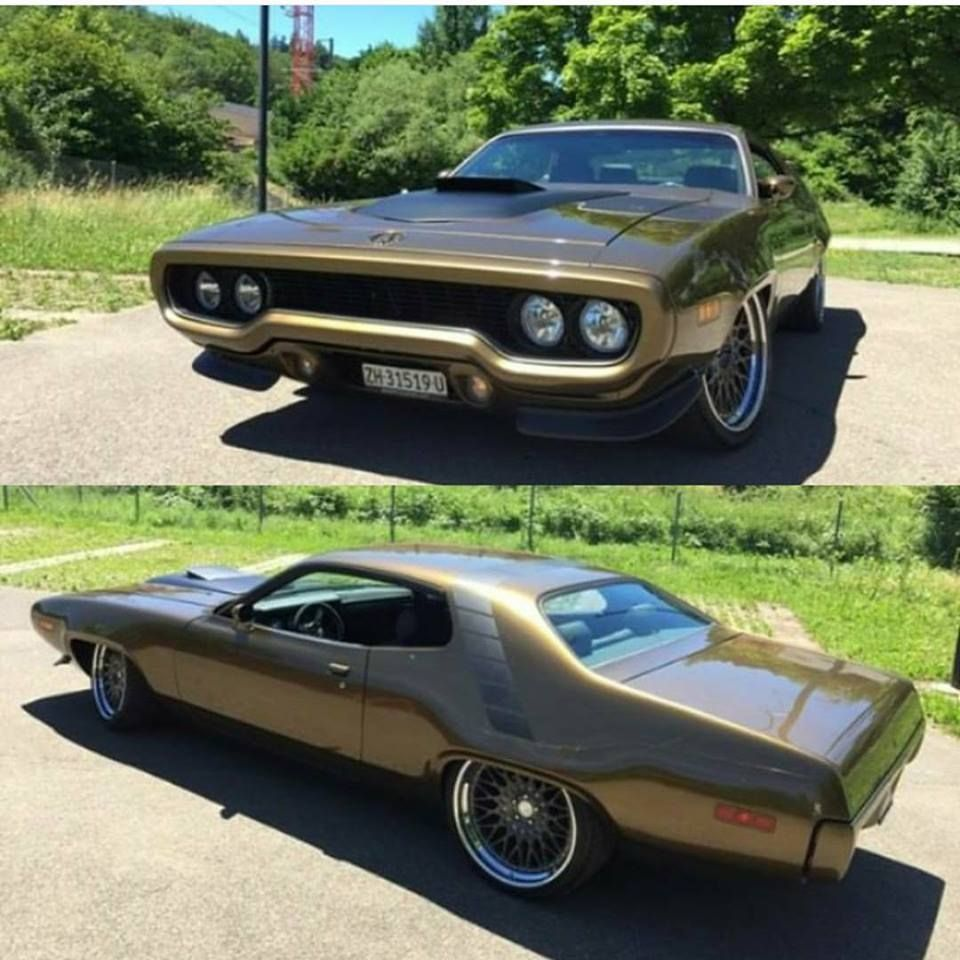 1971 Plymouth Road Runner Plymouth Muscle Cars Mopar Muscle Cars Classic Cars Trucks