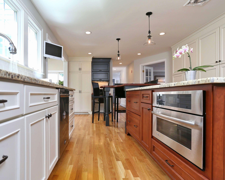 Stunning Antique White Glazed Kitchen Cabinets Design ...