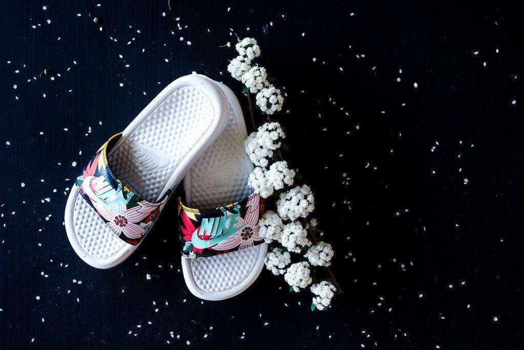 Nike WMNS Benassi JDI Print Slipper