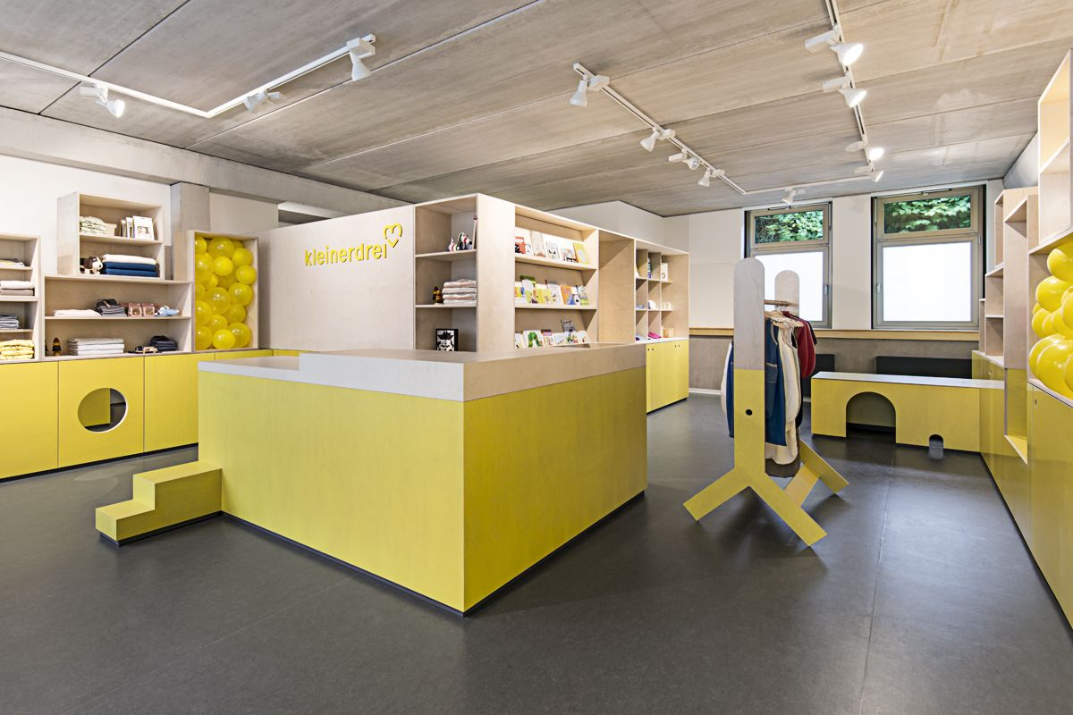 The Concept Of Kleinerdrei Means Less Than Three In Hamburg Offers Everything For People Under Years 0122 Moodbook Retail Interior Design