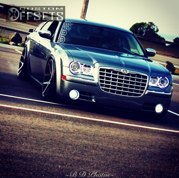 Wheel Offset 2006 Chrysler 300 Tucked Dropped 3 Custom Rims