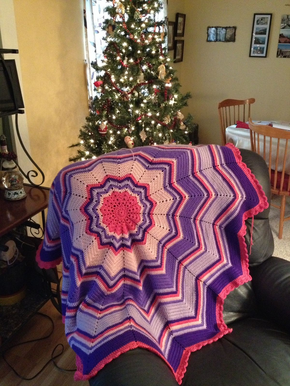 Ravelry: Rainbow Ripple Baby Blanket by Celeste Young | Ganchillo ...