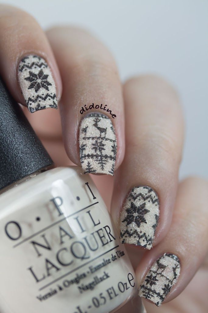 Sweater Nails with Cashmere Powder!