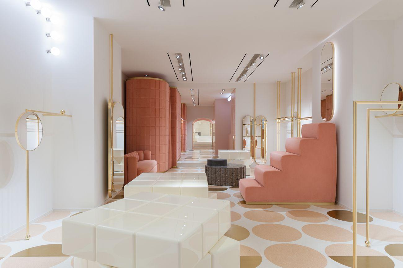 Redvalentino indiamahdavi rosacipria flagshipstore for Design interni roma