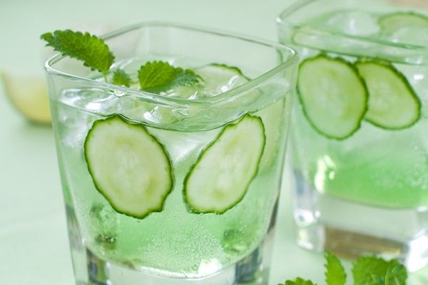 Today we are looking at ten recipes for drinks that are all minty in style. Some…