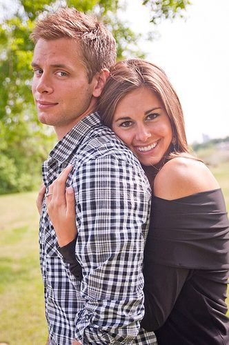 cute hubby wife pic or just a couple pic wedding ideas