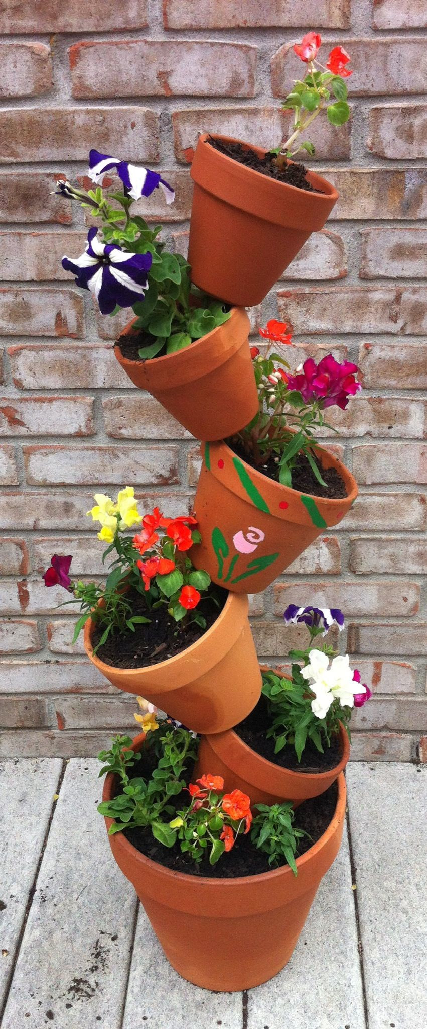 Flower pot tower i made for the home pinterest for Small clay flower pots