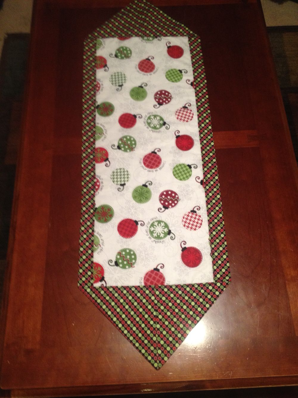 Ten Minute Table Runner Fabric Table Runner Table Runner Pattern Christmas Patchwork