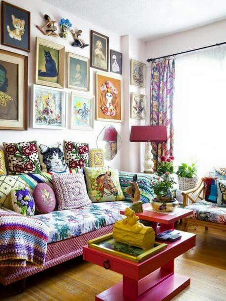 Kitschy Living Room Wall Art Fabulous Found On Facebook Page Radiant Rooms