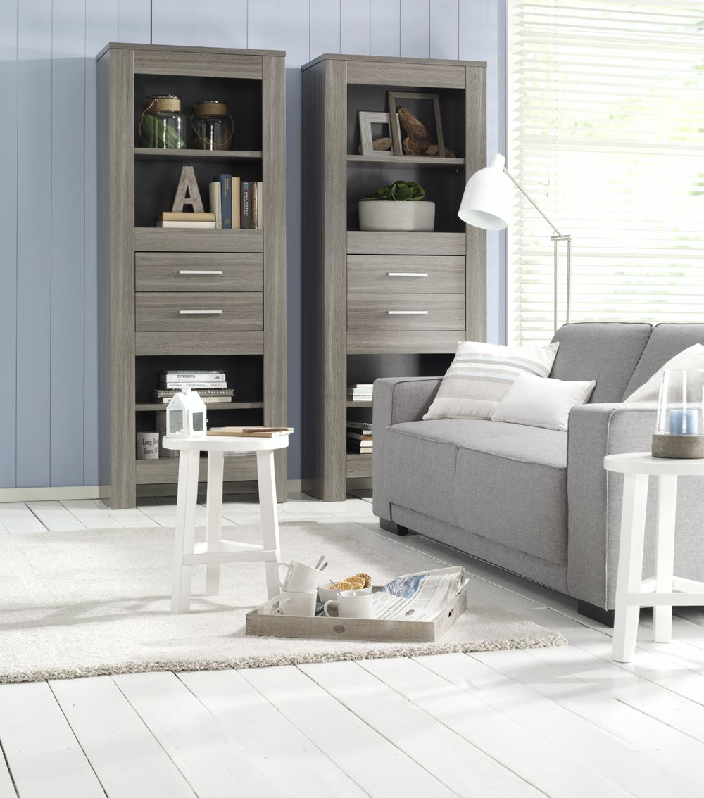 Inspiratie voor een stoere woonkamer met o.a. boekenkast Portofino ...