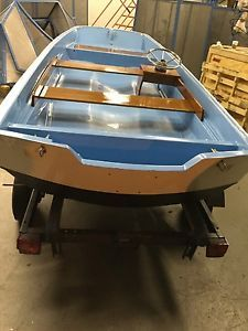 1962 boston whaler - Categoria: Avisos Clasificados Gratis  Item Condition: Used13 ft Boston Whaler Pristine condition Meticulous restored Strait lines Beautiful workmanship New mahogany New helmNew teleflex New hardware Rare find Excellent trailer includedPrice: US 3,850.00See Details