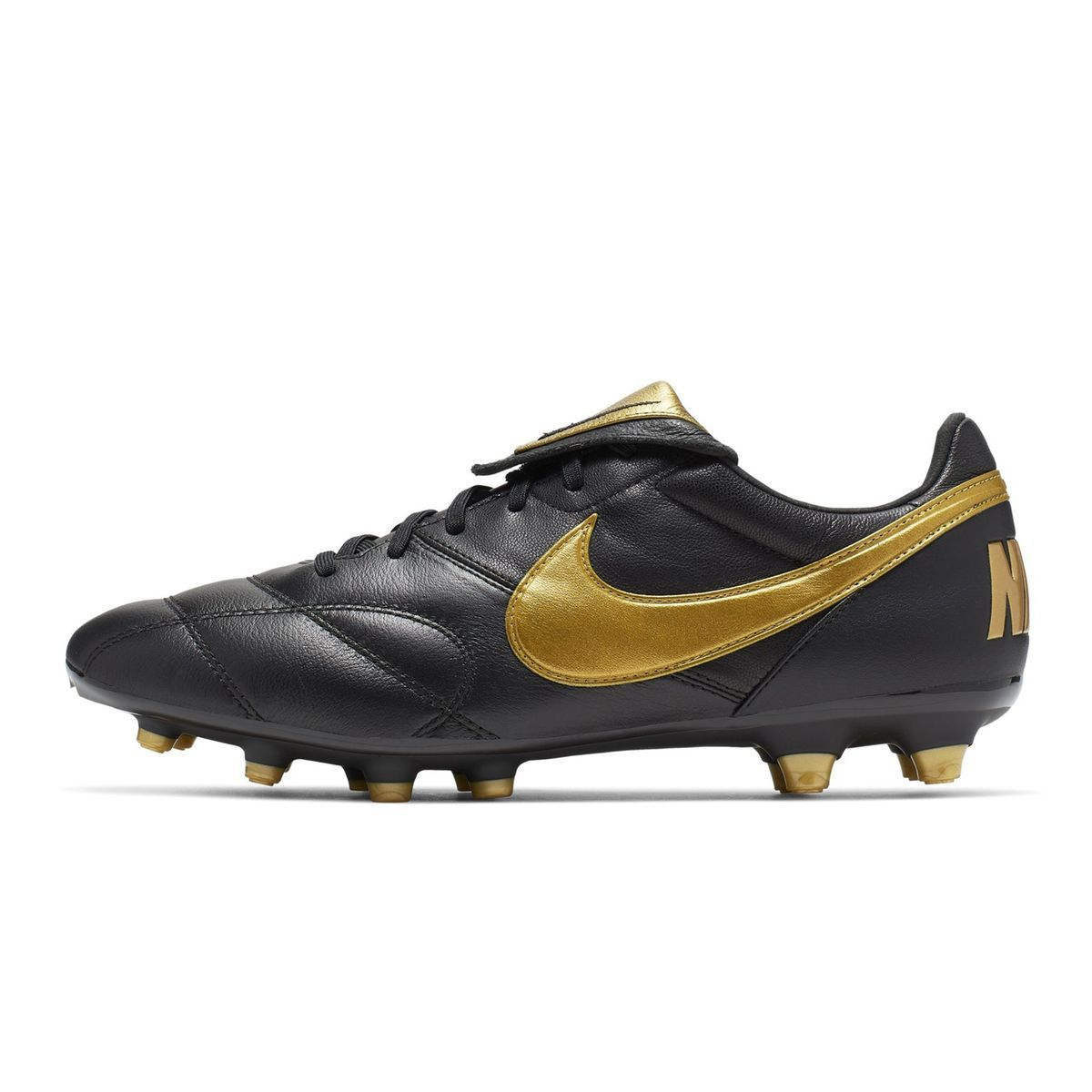 chaussure foot nike 42