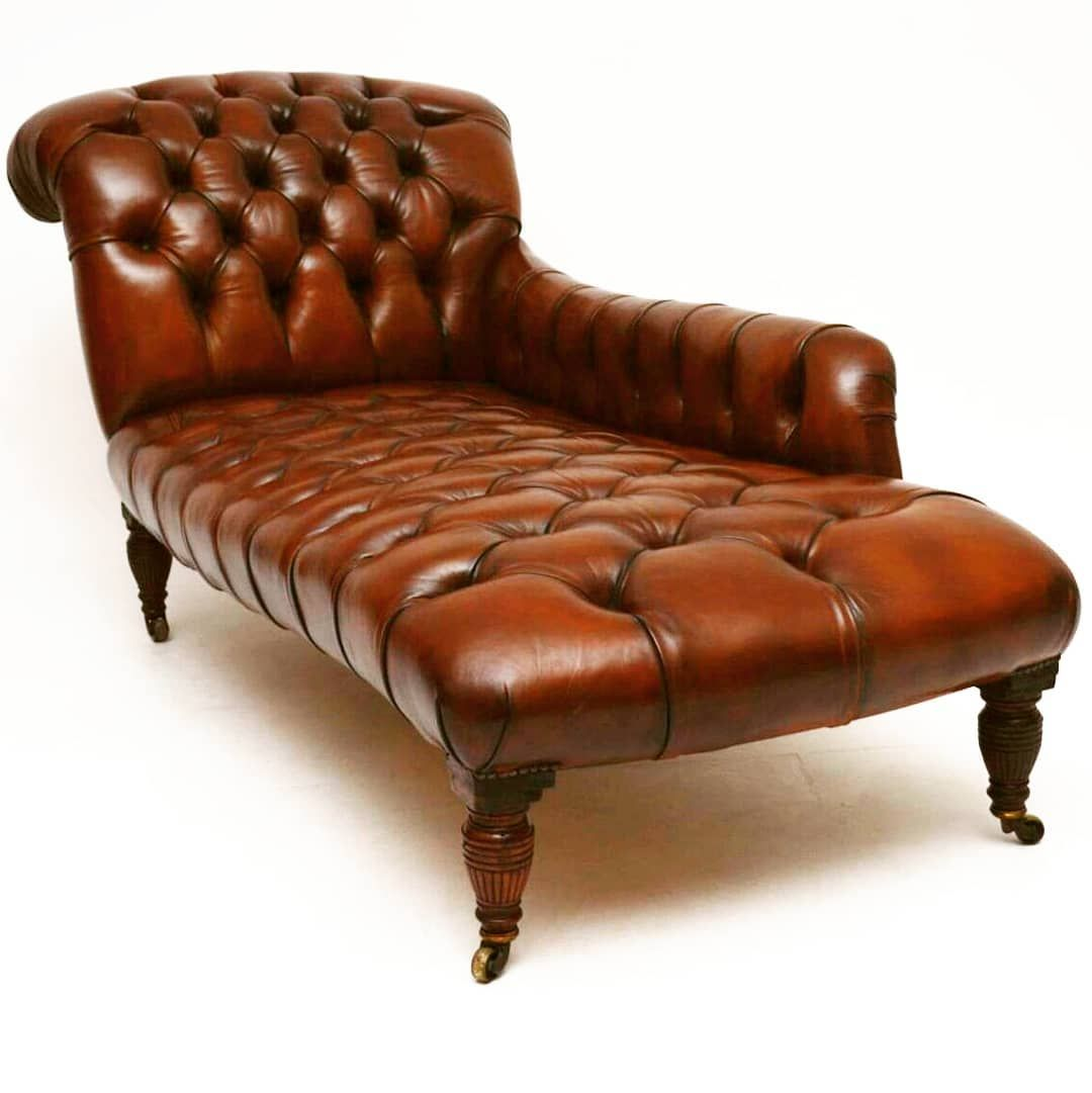 Antique Victorian Deep Buttoned Leather Chaise Lounge At