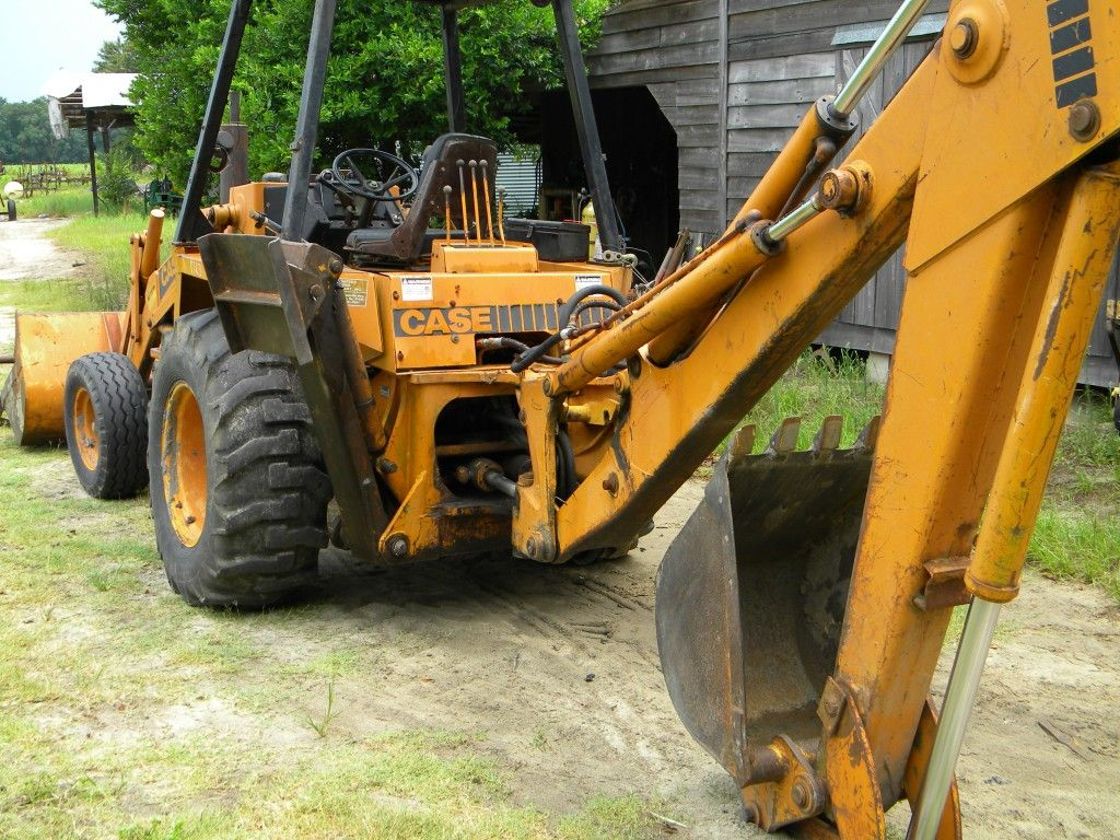 Showing The Process Required To Rebuild Case 580 And Other Model Backhoe Hydraulic Cylinders With Step By Step Photos Show Hydraulic Cylinder Backhoe Tractors