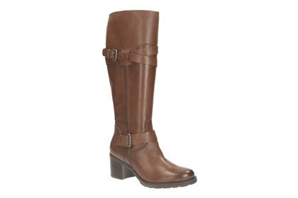 Clarks Womens Casual Clarks Fernwood Oasis Leather Boots In Rust
