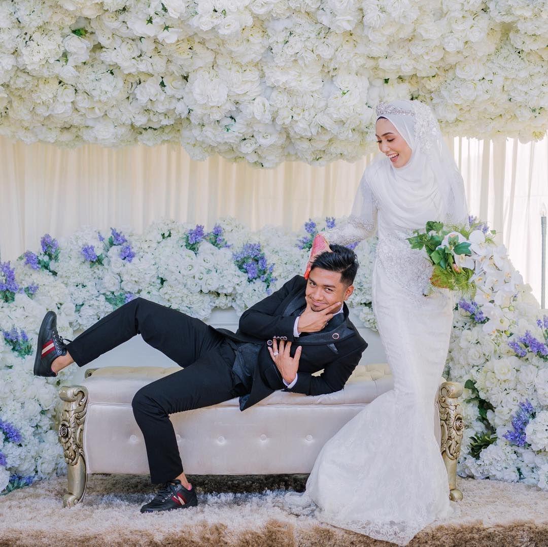 Pin By Faza Al Fhanie On Wedding Photography Wedding Poses Wedding Photos Malay Wedding