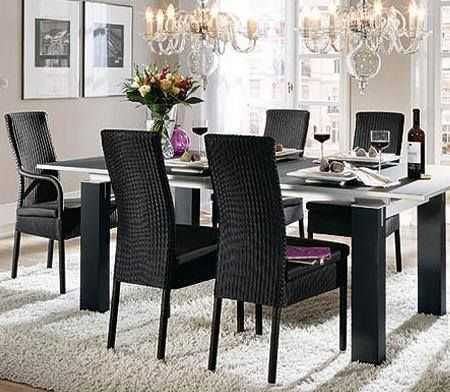 Sala comedor decoraci n con muebles de rattan que han for Decoracion de mesas de comedor