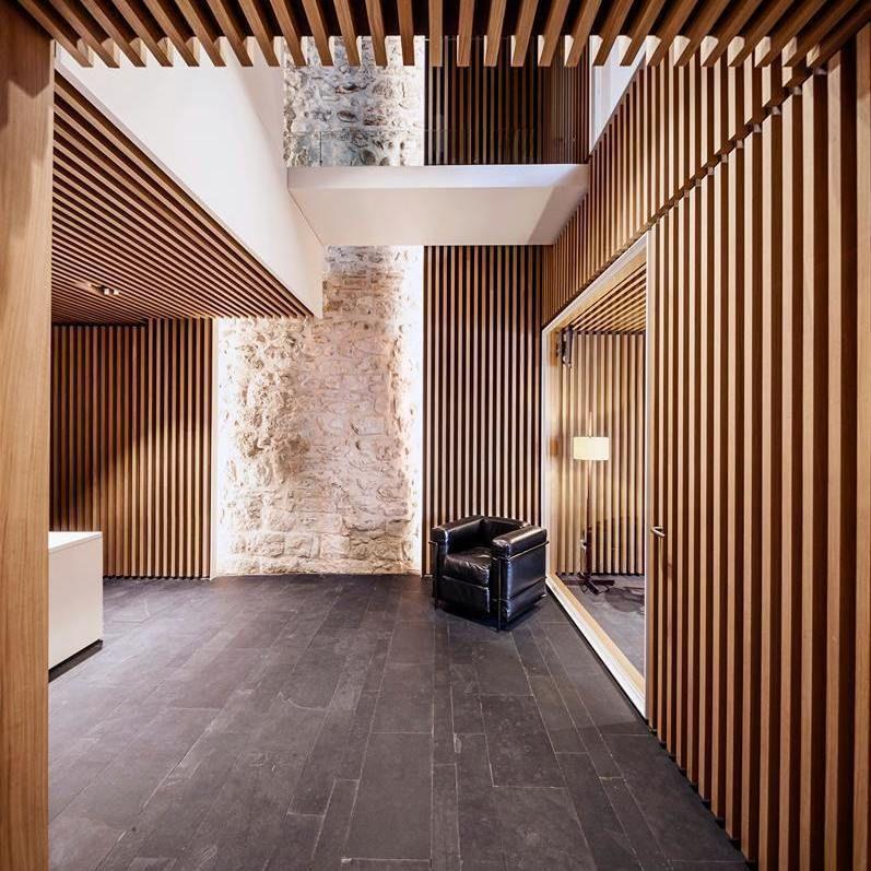NEW ARQUIA BANCA OFFICE IN GIRONA Architec (con imágenes
