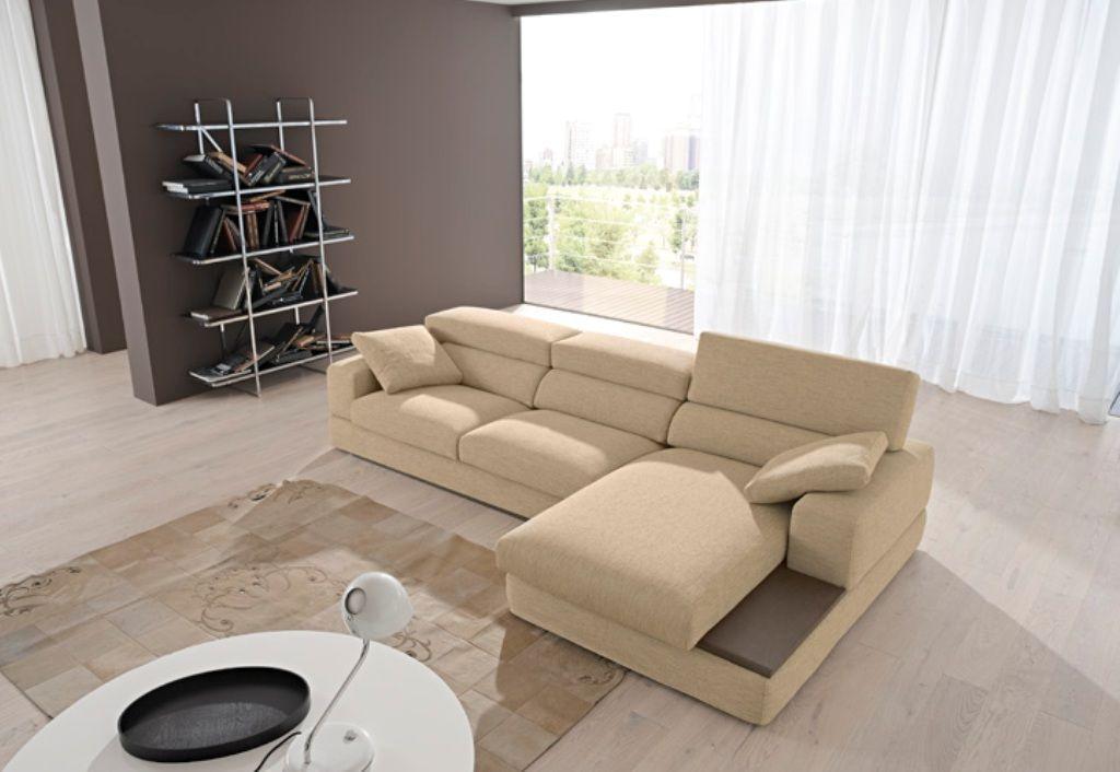 Divano con minitavolo incorporato salotto arredamento for Divano con mobile incorporato