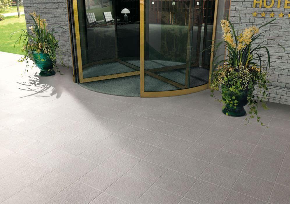 Pool tile / outdoor / for floors / porcelain stoneware - CHARME - produit antiderapant pour carrelage exterieur