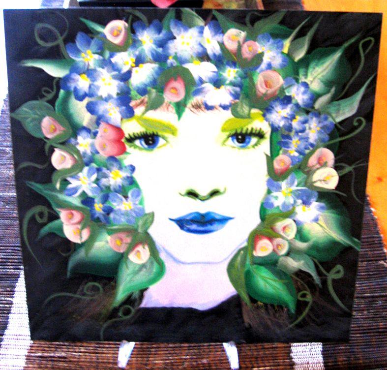 Fata dei fiori dipinta  a mano
