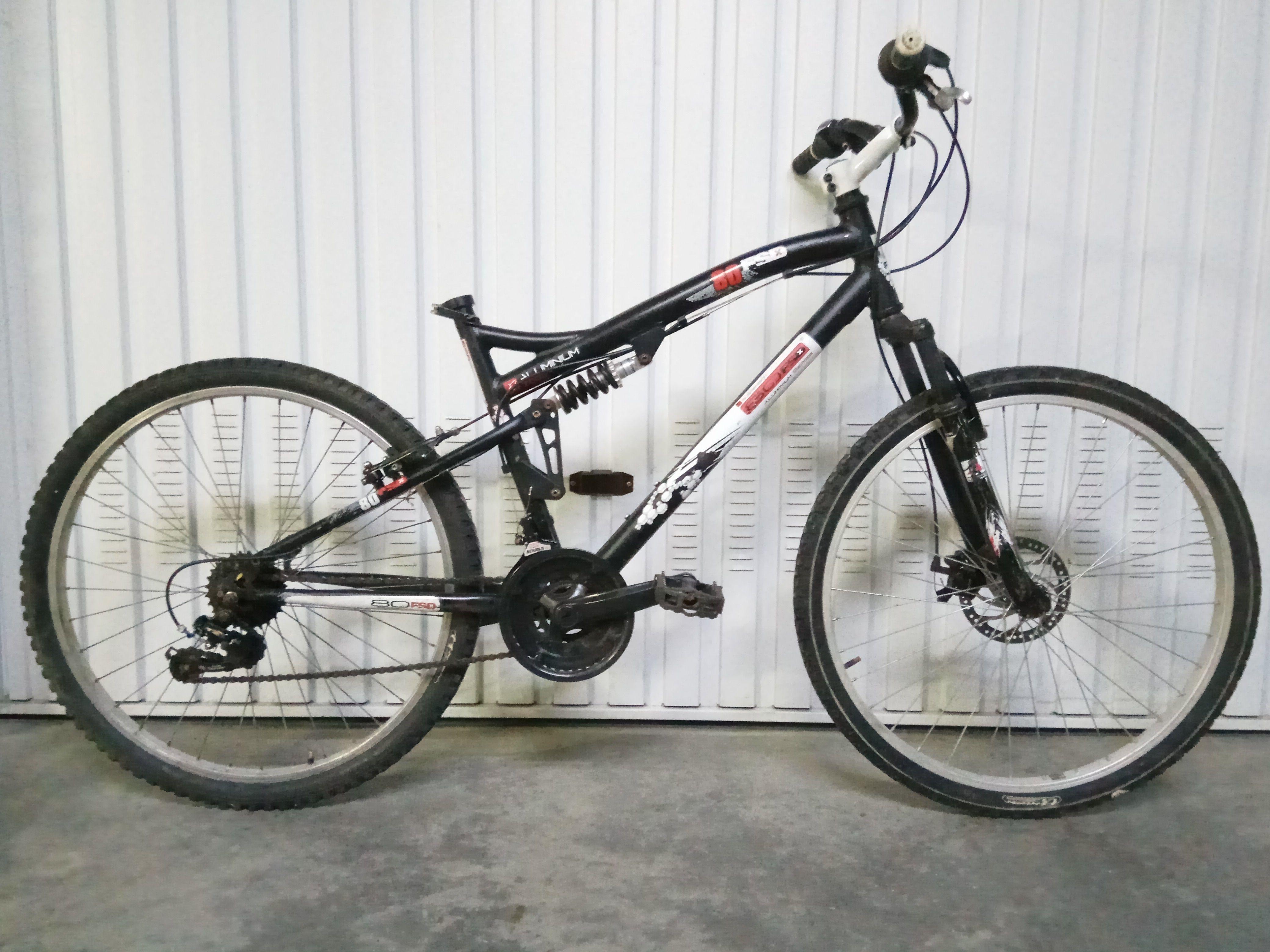Bici Aluminio, Amortiguadores y Freno de Disco 90€ MARCA: 80Fsd ...