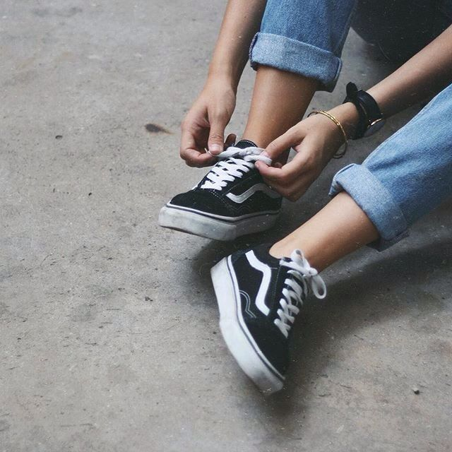 Pinterest: ✥Awkward✥ …   Mode ados, Mode ados fille, Vans chaussures
