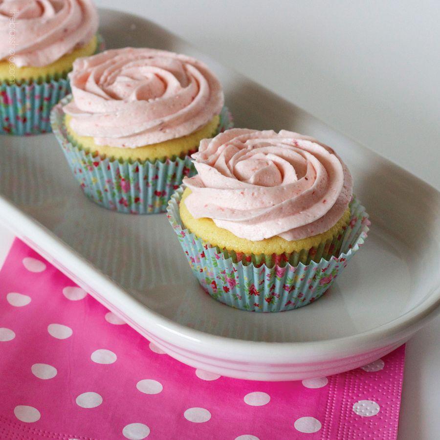 The Brass Halo Strawberry Lemonade Cupcakes 6