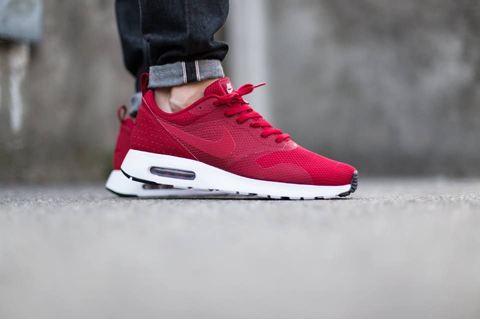 nike air max tavas red suede boots