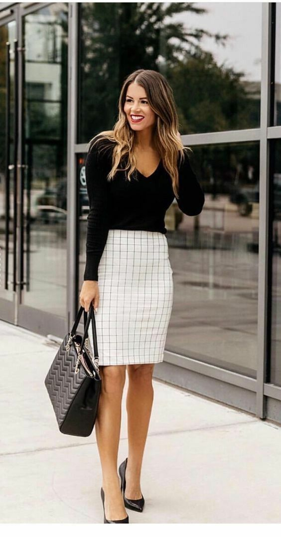 7b883dc842cc Pretty pencil skirt, I like the cut, fit and simple pattern ...