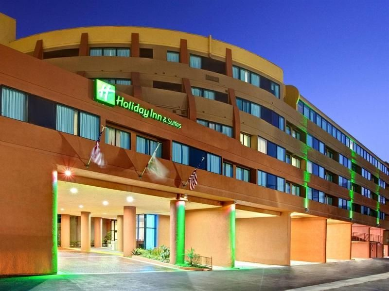 Hotel Holiday Inn And Suites Anaheim Fullerton United States