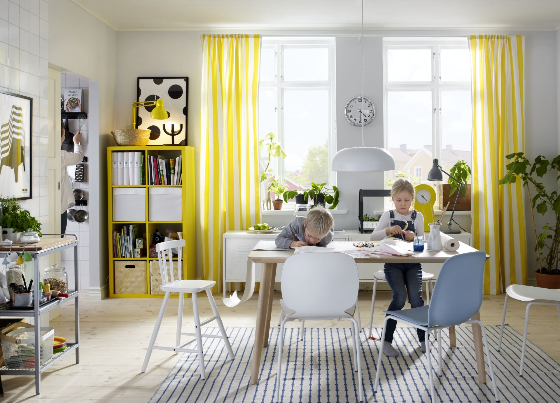 Woonkamer stoelen ikea elegant stoel woonkamer for Ikea heures d orlando