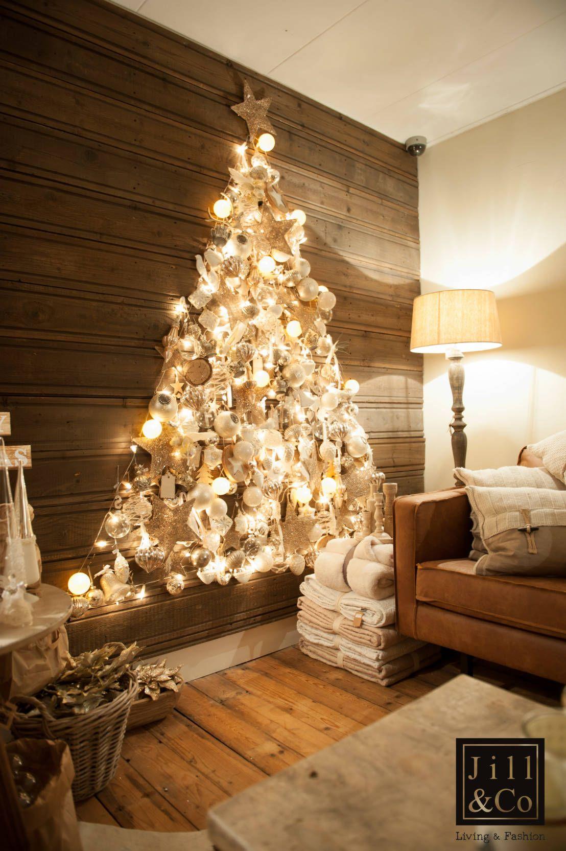 Inspiratie Maak Je Huis Klaar Voor De Kerst Ideas Para Arboles De Navidad Arbol De Navidad Pared Cestas De Navidad