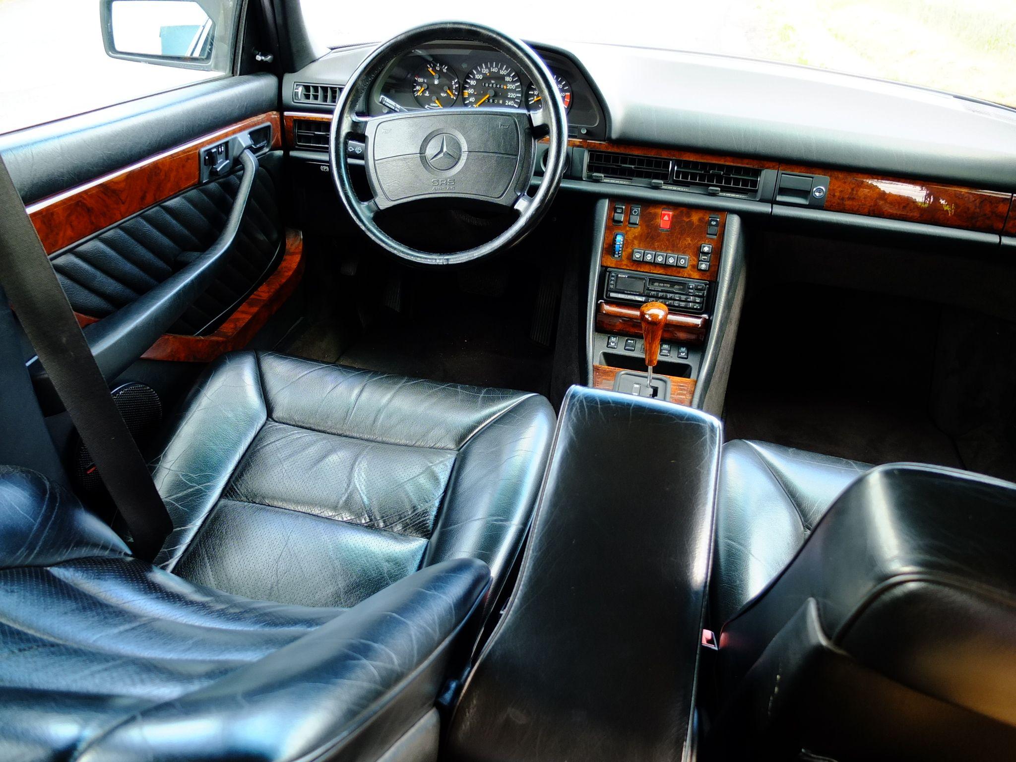 mercedes benz 560 sel interior mercedes 560 sel pinterest bielefeld mercedes benz and benz. Black Bedroom Furniture Sets. Home Design Ideas