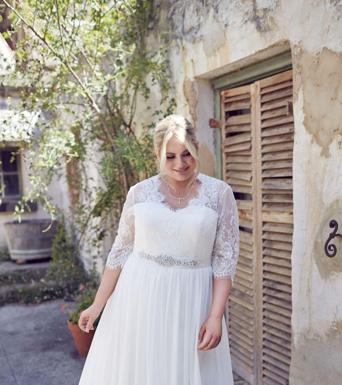 Plus Size wedding dresses Melbourne Plus size perfection