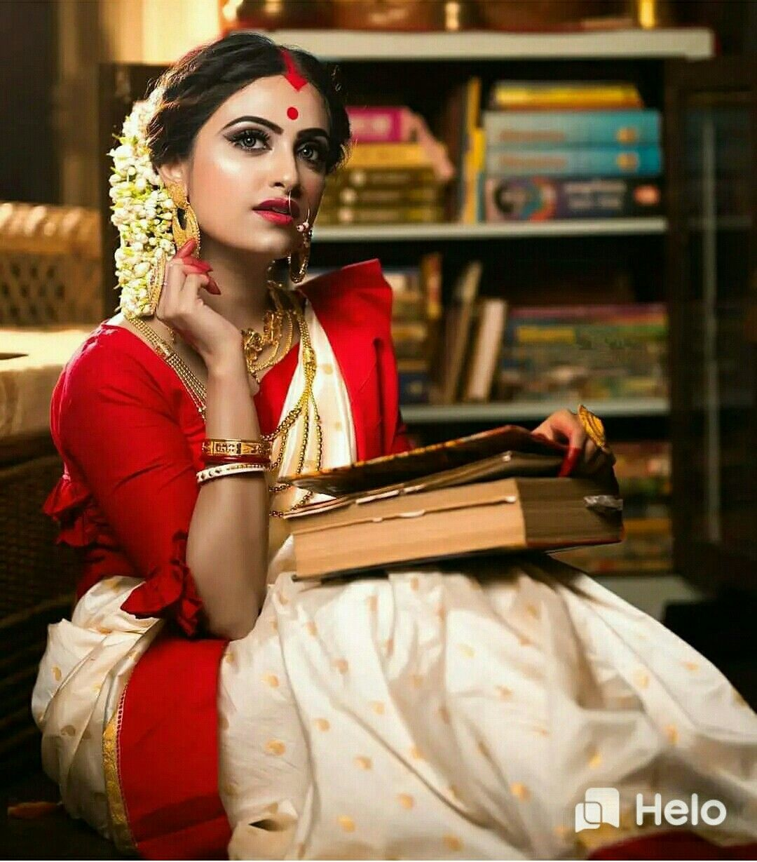 Pin by Raju Basak on raju Fun photoshoot, Saree, Photoshoot