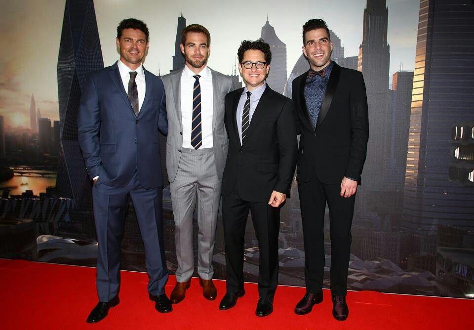"""Star Trek """"into darkness"""" actors. 2013"""