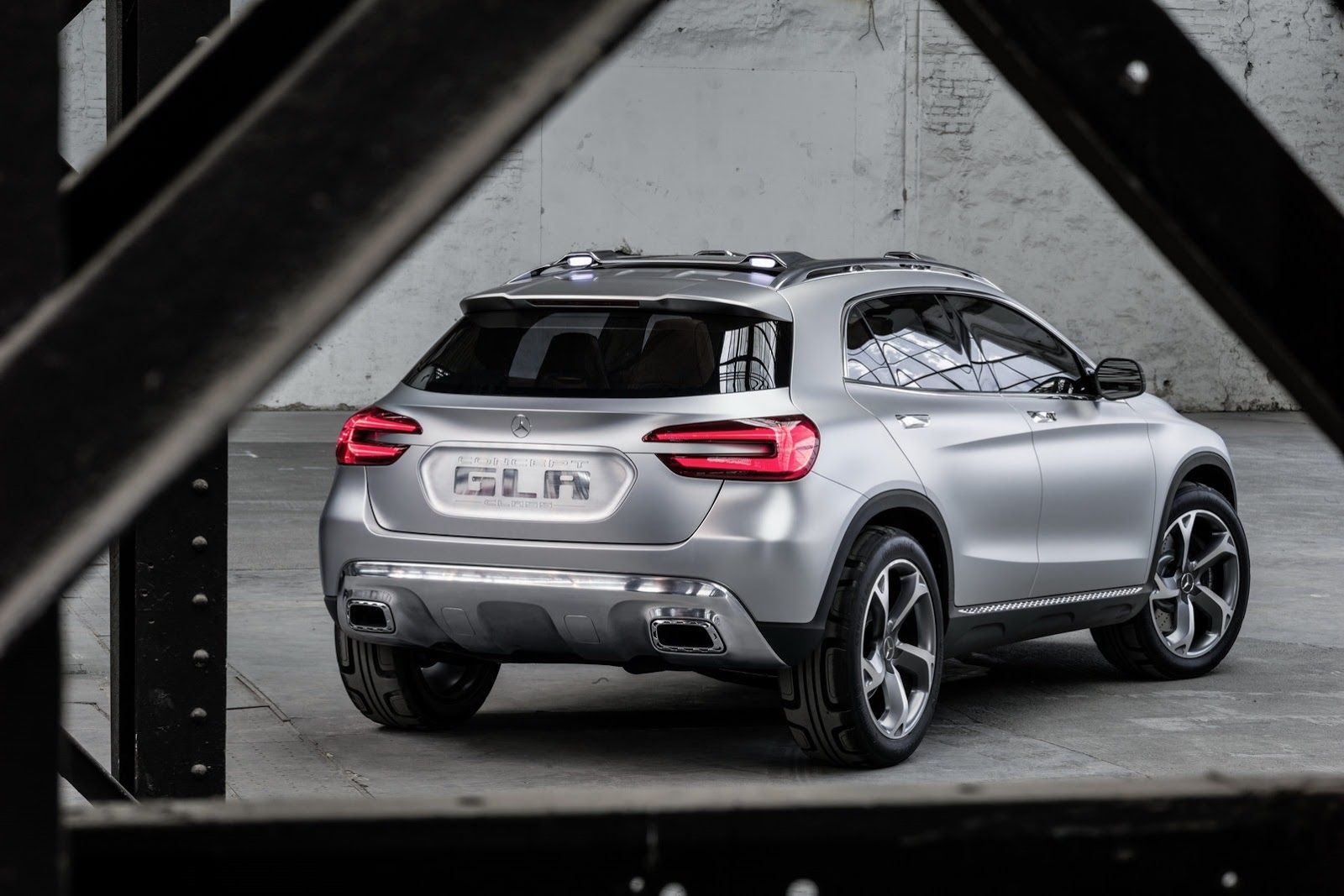 Mercedes Benz Officially Reveals New Gla Compact Crossover Study