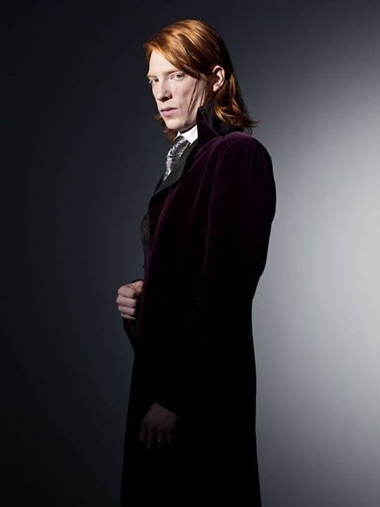 Happy Birthday To The Handsome And Heroic Bill Weasley Fleur Is One Lucky Girl Harry Potter Characters Harry Potter Films Domhnall Gleeson