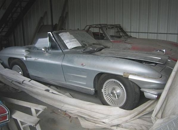 It S A C2 1963 Corvette Two Fer Barn Find Cars Abandoned Cars Car Chevrolet
