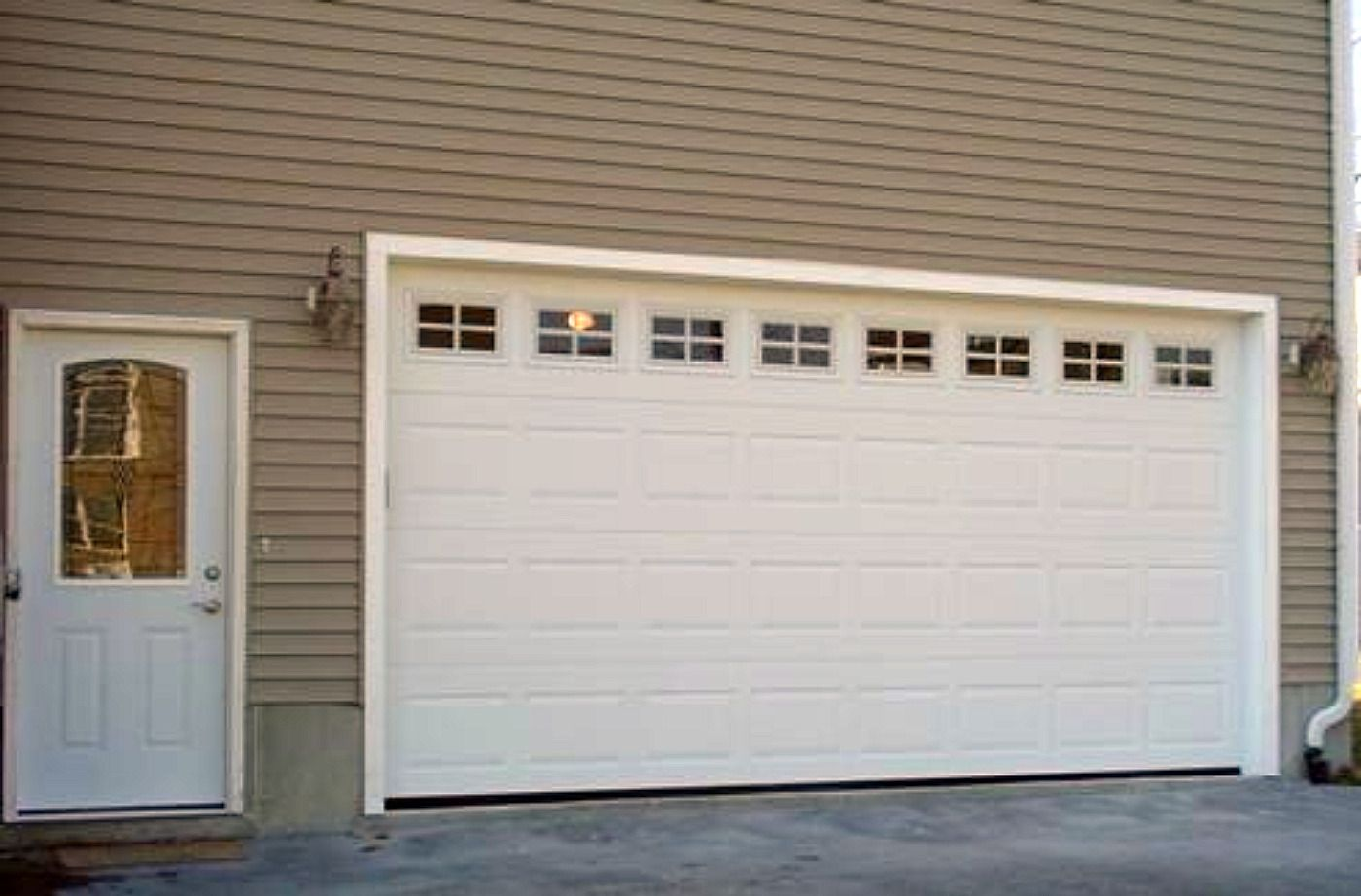 Garage Doors Gallery Residential Garage Doors Raised Panel Doors Steel Garage Door Garage Doors Door Repair Garage Door Repair