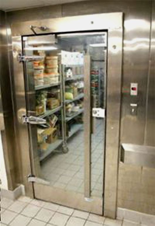 Walk In Refrigerator Placed Beside Walk In Freezer Commercial Kitchen Kitchen Equipment