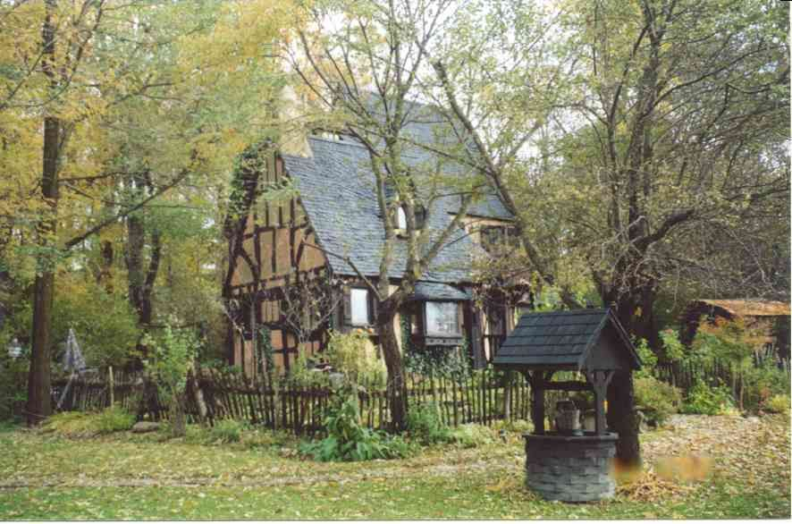 Lana 39 s the little house storybook english cottage what for Piani di casa cottage storybook