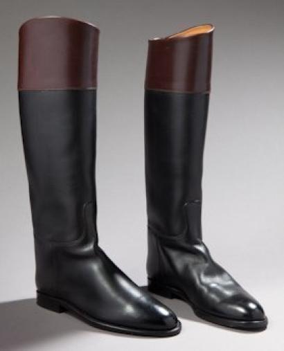 HERMES Paire de bottes cavalières en cuir noir et marron