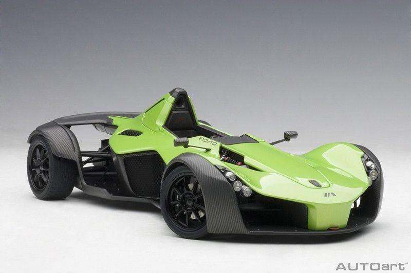 BAC Mono Metallic Green 1/18 Model Car by Autoart | Die Cast Scale ...