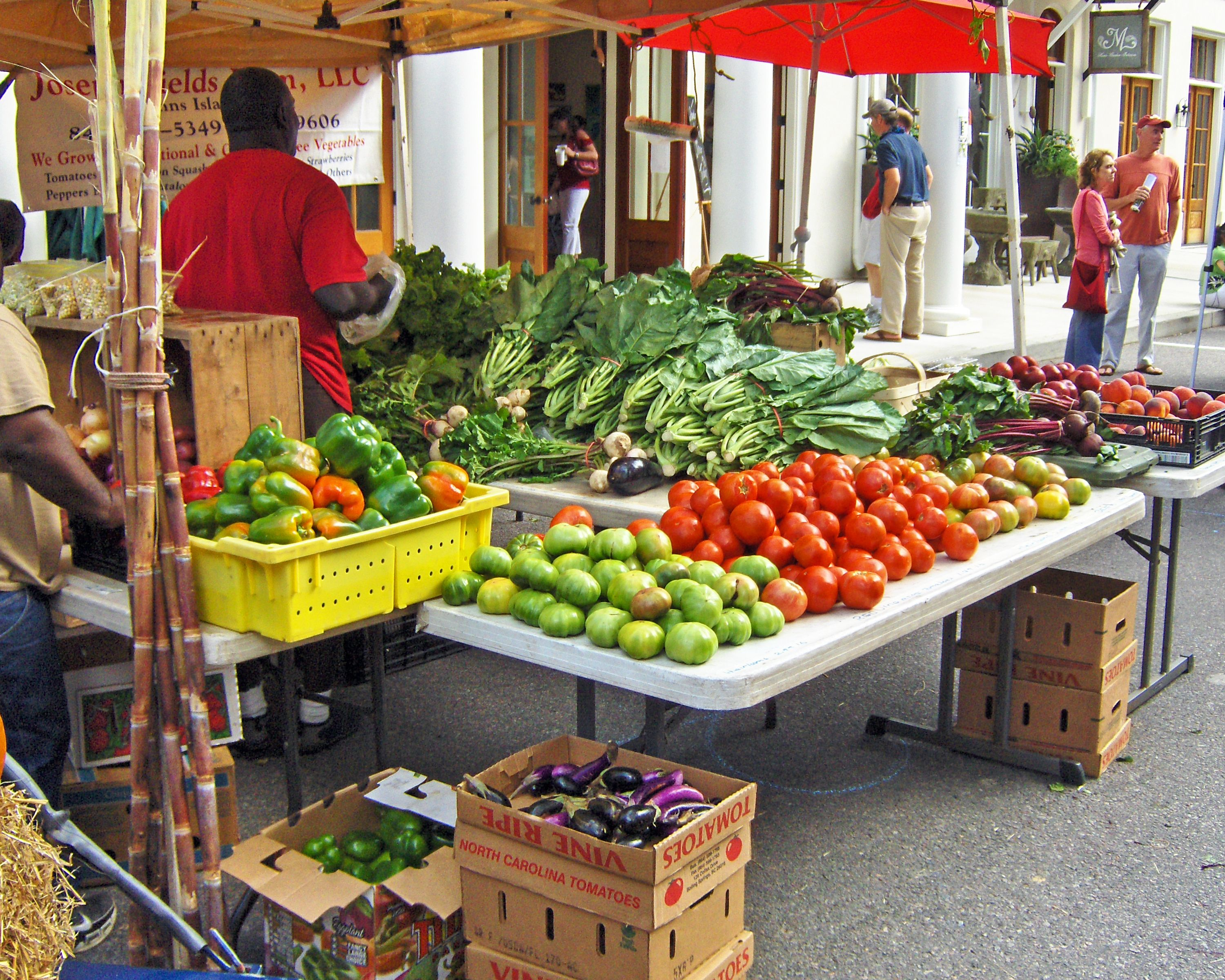 The annual Habersham Harvest Festival and Farmers Market bring the best local farmers and their produce to the Marketplace!